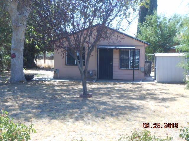 1263 N 8th St, Fresno, CA