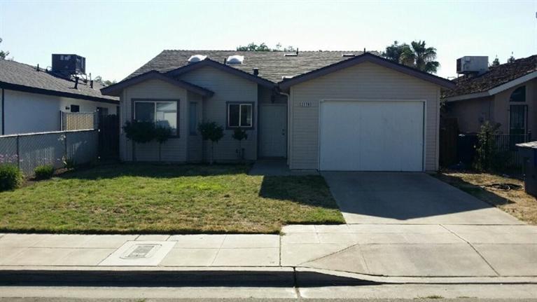 2375 N Cecelia Ave, Fresno, CA