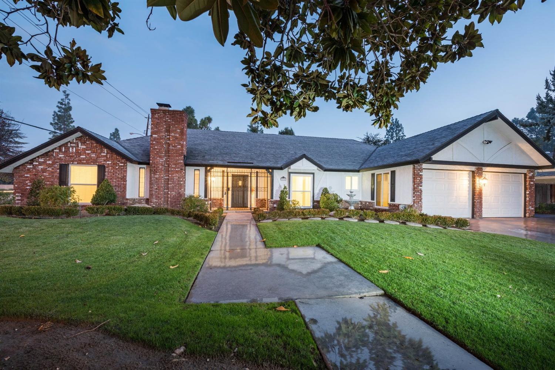 2786 W Barstow Ave, Fresno, CA