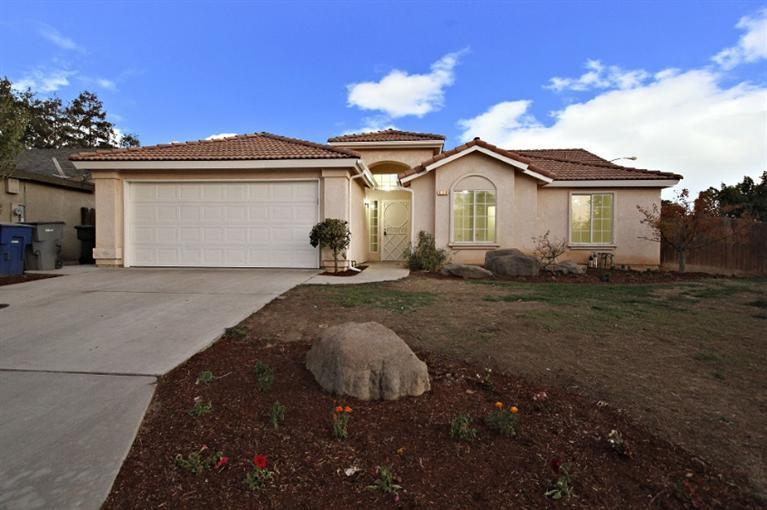 3569 W Cambridge Ave, Fresno, CA