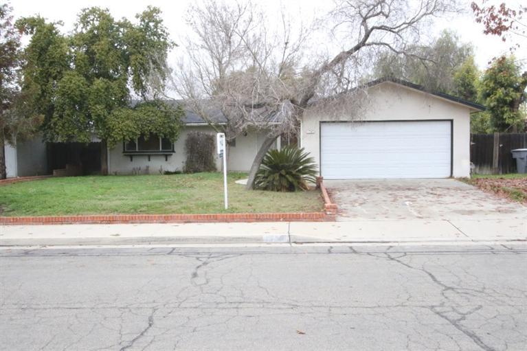 1783 Norwich Ave, Clovis, CA