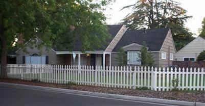 3352 E Bellaire Way, Fresno, CA 93726