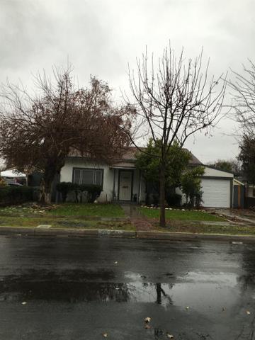 335 E Cortland Ave, Fresno, CA