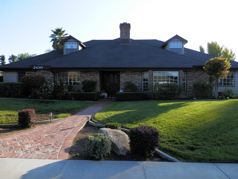 2430 Sophia Ln, Kingsburg, CA