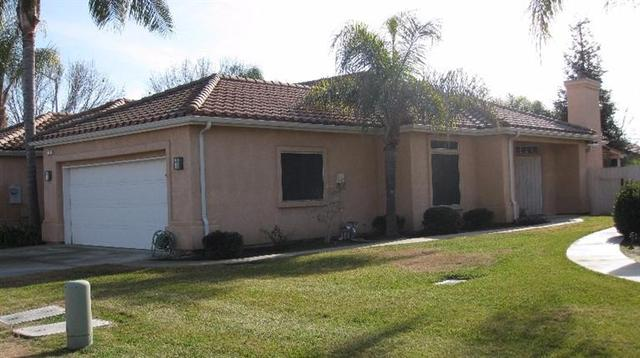 117 Twins Ct, Reedley CA 93654