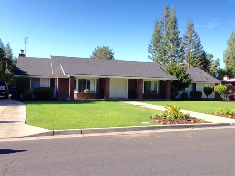1545 W Calimyrna Ave, Fresno, CA