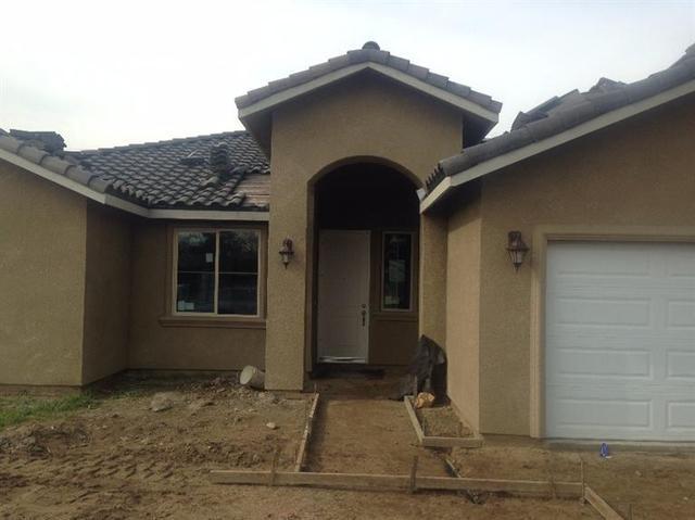 6886 E Lyell Ave, Fresno, CA 93727