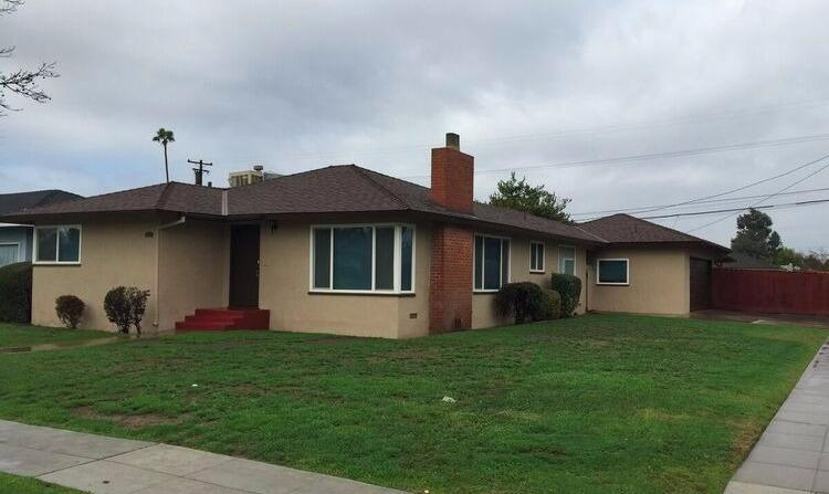 1502 W Weldon Avenue, Fresno, CA 93705