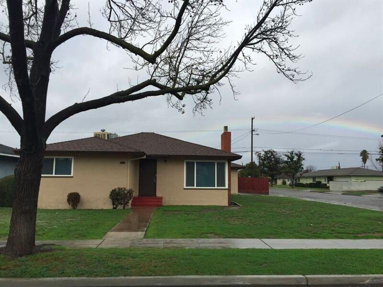 1502 W Weldon Ave, Fresno CA 93705