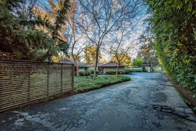 6160 N Van Ness Blvd, Fresno, CA 93711