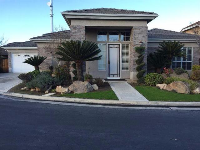 834 E Mill Creek Dr, Fresno, CA
