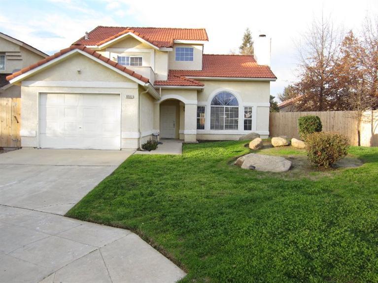 9582 N Barton Ave, Fresno, CA