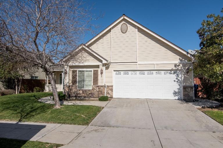 589 Prescott Ave, Clovis, CA