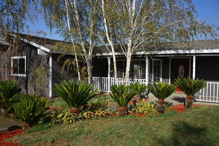 8446 S Walnut Ave, Fresno, CA