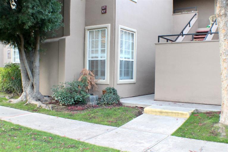 8147 N Cedar Ave #APT 122, Fresno, CA
