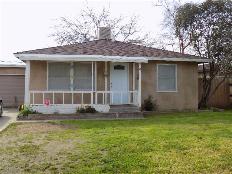 1415 N Esther Way, Fresno, CA