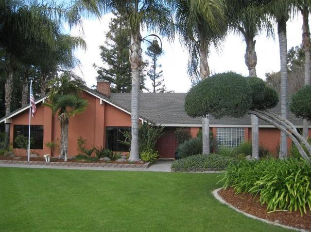 4164 W Dakota Ave, Fresno CA 93722