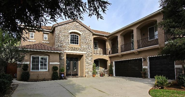 9889 N Sedona Cir, Fresno, CA