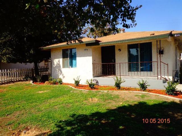 658 W Cambridge Ave, Fresno, CA
