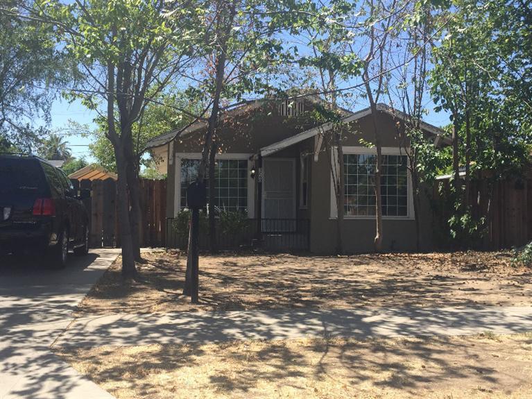 3260 E Pine Ave, Fresno, CA