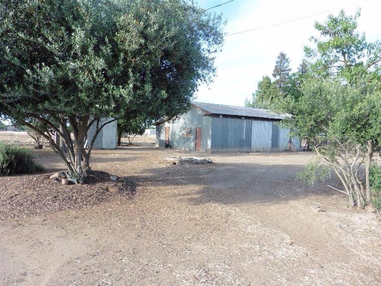 5200 W Shields Ave, Fresno, CA