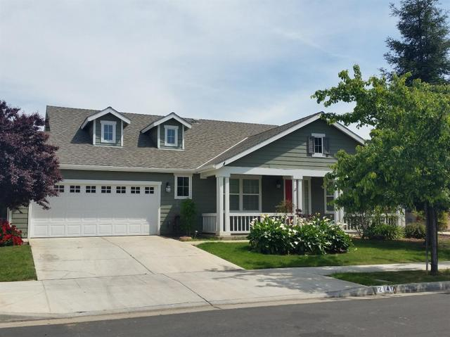 2140 N East Ct, Reedley CA 93654