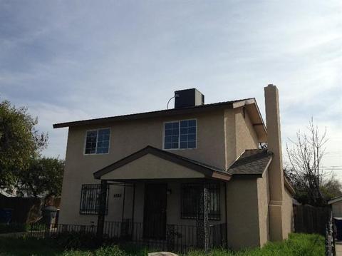 4588 E Washington Ave, Fresno, CA 93702