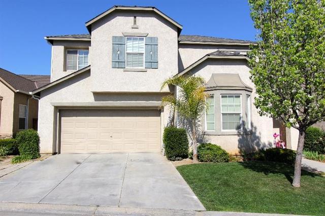 1727 Glen Oban Ln, Clovis, CA