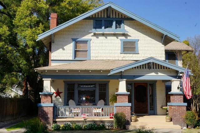 655 E Weldon Ave, Fresno, CA