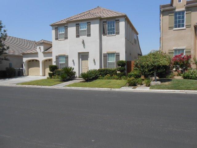 1017 Loyola Ave, Clovis, CA