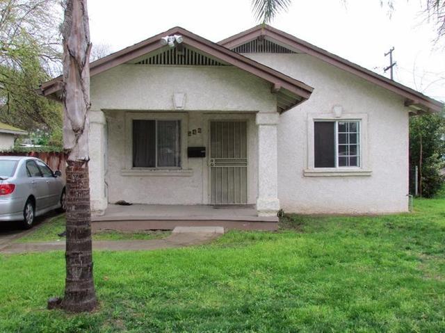546 E Fountain Way, Fresno, CA