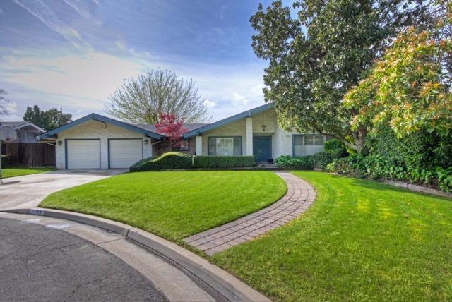 2783 W Stuart Ave, Fresno, CA