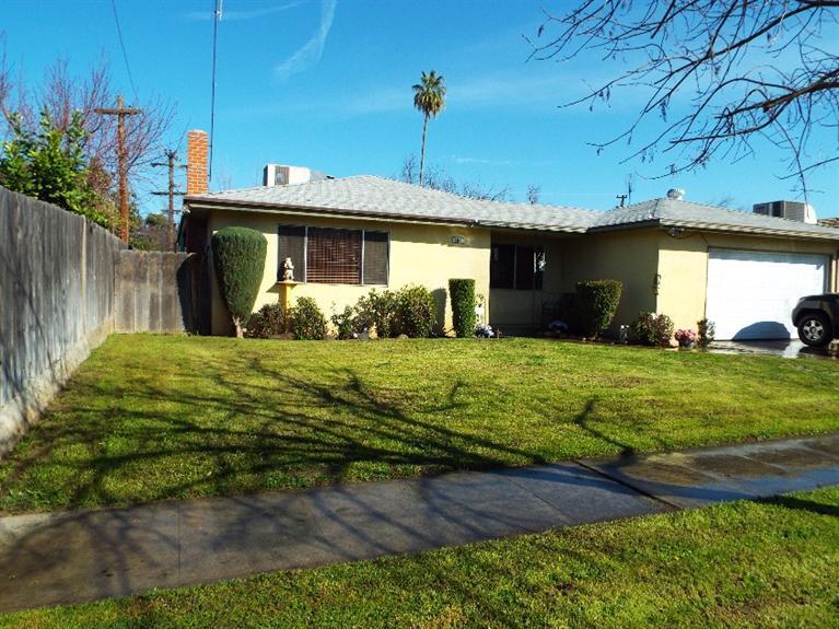 4911 E Floradora Ave, Fresno, CA