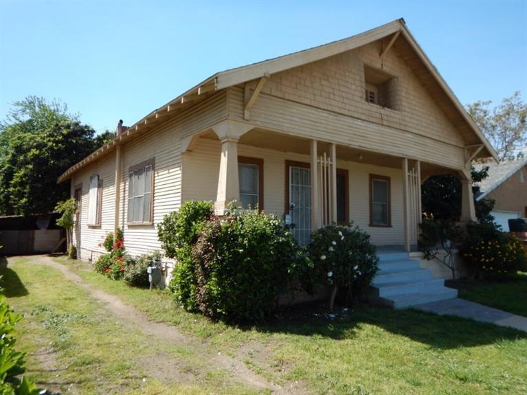 1727 C Street, Fresno, CA 93706