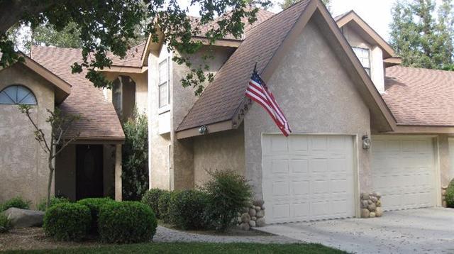 1282 W Flora Ave Reedley, CA 93654