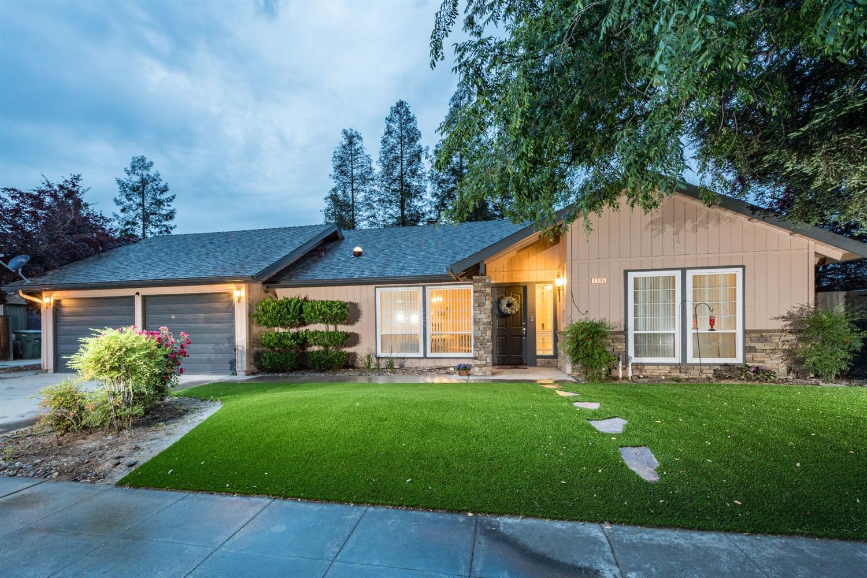 1596 E Omaha Ave, Fresno, CA