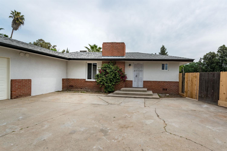 3871 N Palm Ave, Fresno, CA