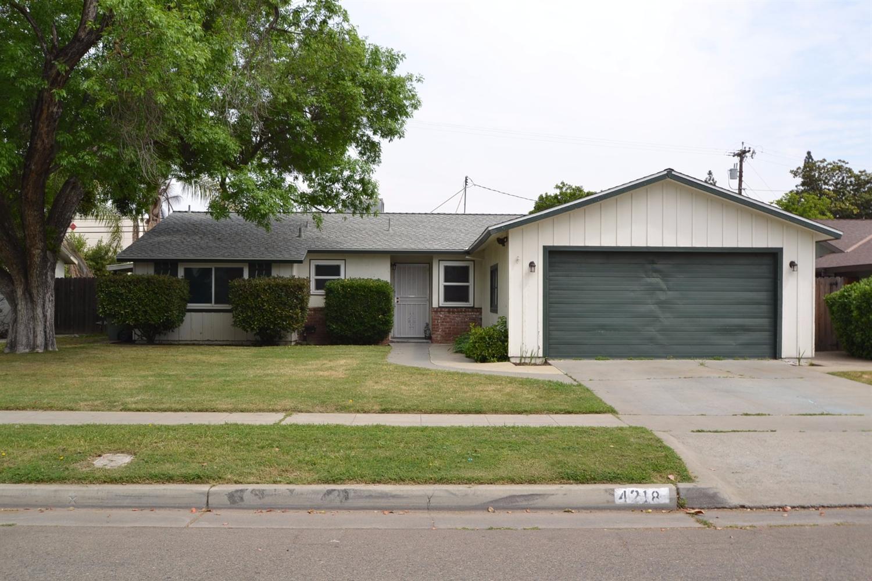 4218 N 9th St, Fresno, CA