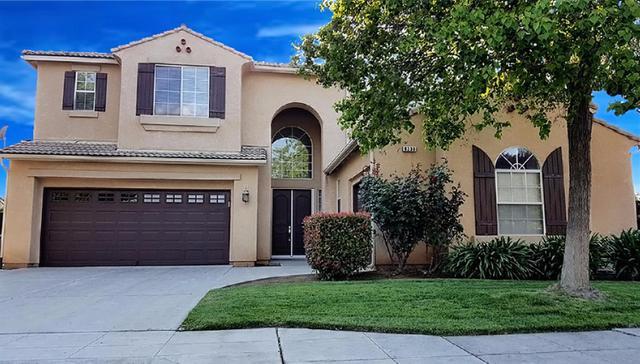 8233 N Matus Ave, Fresno, CA