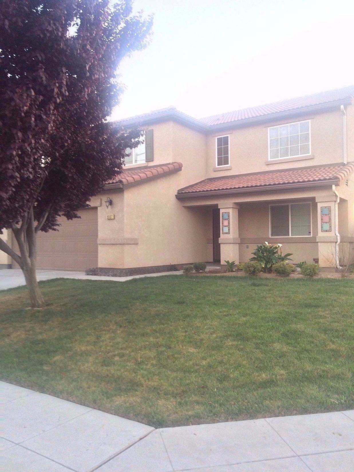 3337 N Carnegie Ave, Fresno, CA
