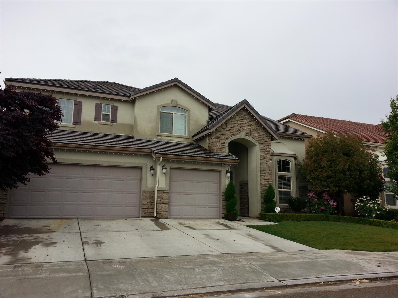 2871 N Arroyo Ave, Fresno, CA