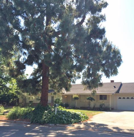 6145 N Pleasant Ave, Fresno, CA