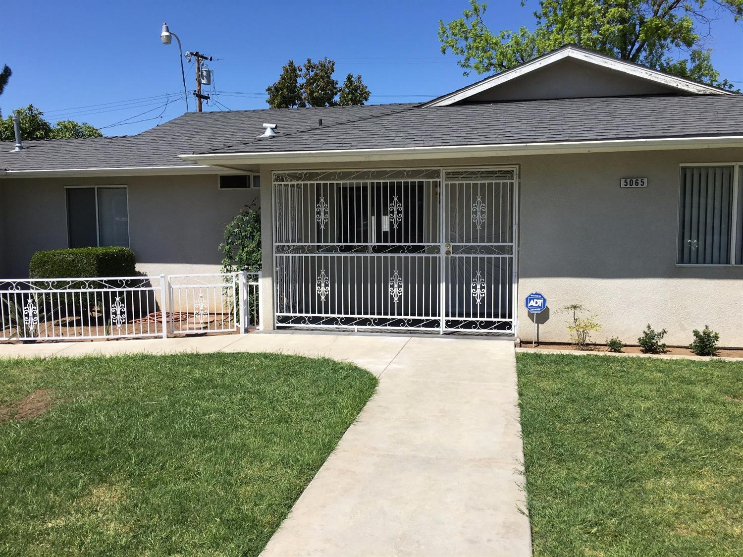 5065 E Laurel Avenue, Fresno, CA 93727