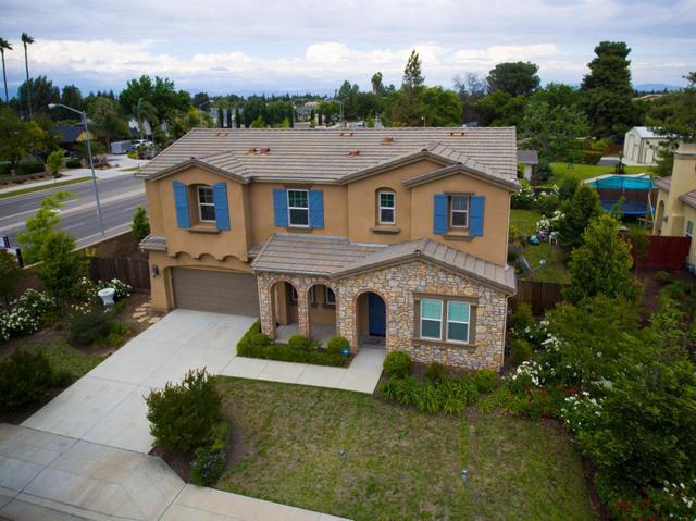 3215 Burl Ave, Clovis CA 93611