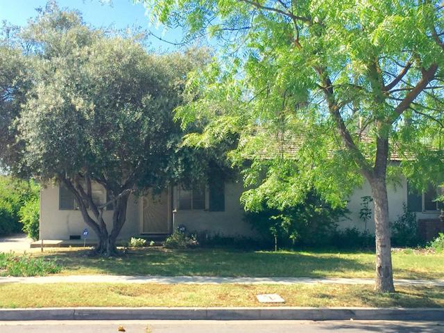 203 W Fountain Way, Fresno, CA