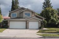 2244 Roberts Ave, Clovis CA 93611
