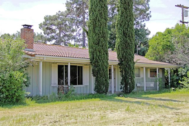 10345 E Bullard Ave, Clovis CA 93619