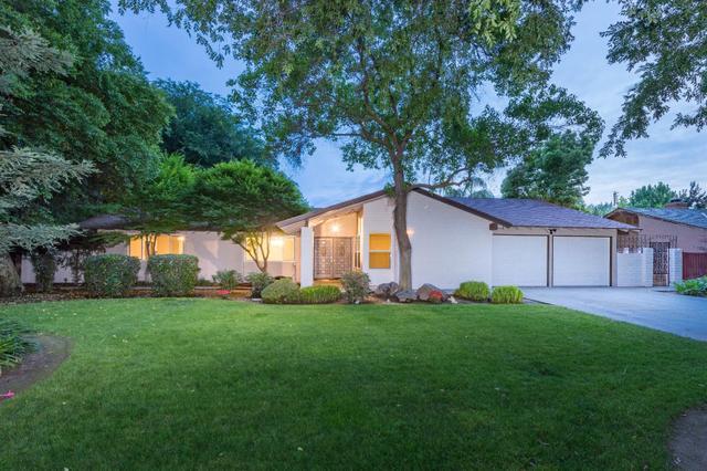 2724 W Mesa Ave, Fresno, CA