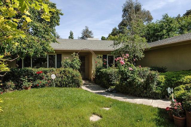 1001 Sierra Ave, Clovis CA 93612