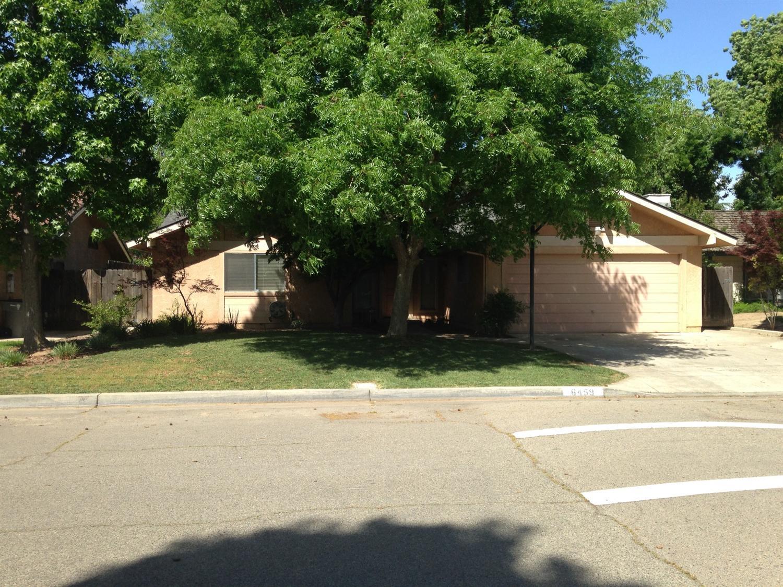 6459 N Tracy Avenue, Fresno, CA 93722